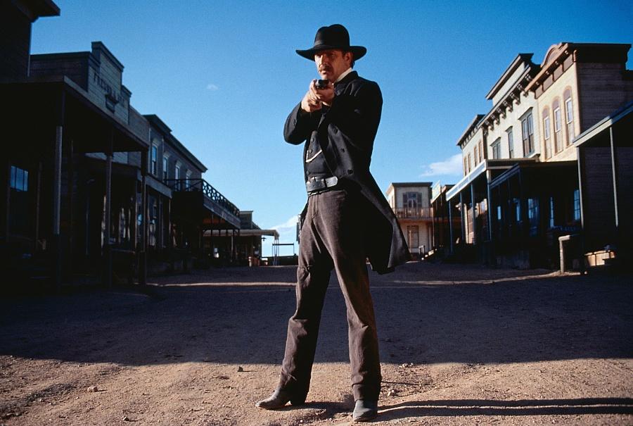 Wyatt Earp (1994) - Gr...